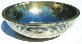 'Silver Ritual' Bowl, showing strong evidence of silver mineral content (Raphael Perry)
